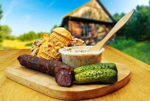 traditionelle polnische Küche, Schmalz, Gurgen, Oscypek